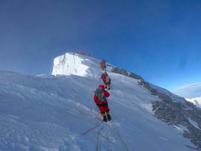Everest 8