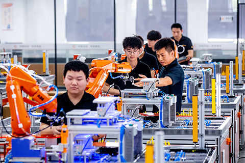 非夕机器人CEO:力觉控制可使机器人像人一样工作