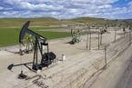 国际油价逼近75美元 创两年半新高