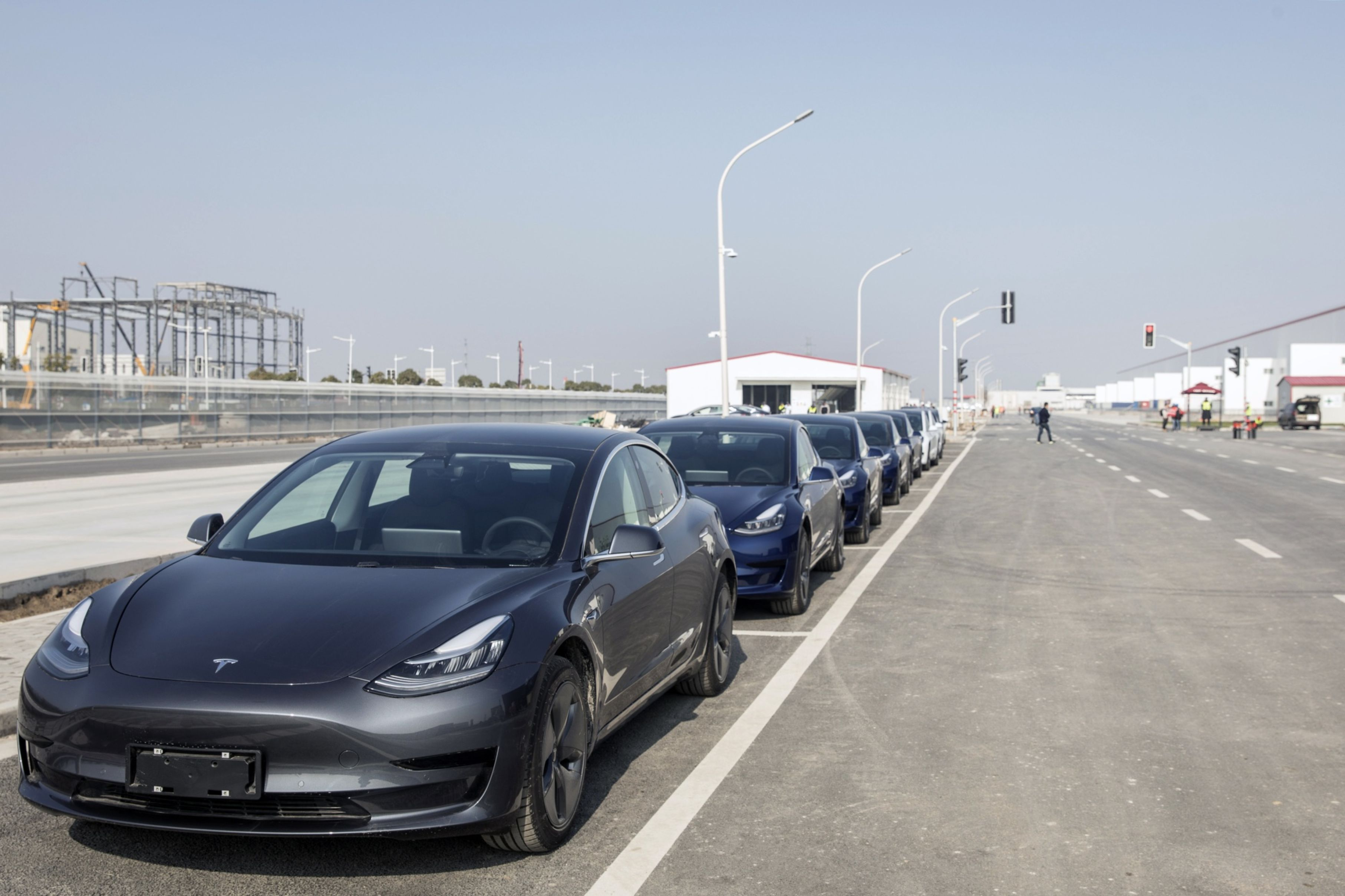 Tesla Inc. Model 3 vehicles sit parked at the company's Gigafactory in Shanghai on Dec. 30, 2019. Photo: Bloomberg