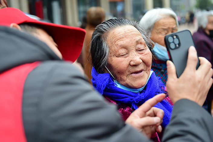 Last year, China's social insurance fund, which includes the basic state pension funds run by provincial-level governments, reported the first annual deficit on record. Photo: VCG