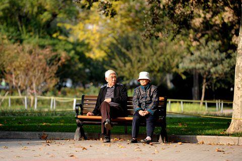 数字说|延迟退休推进 养老问题能否迎刃而解?