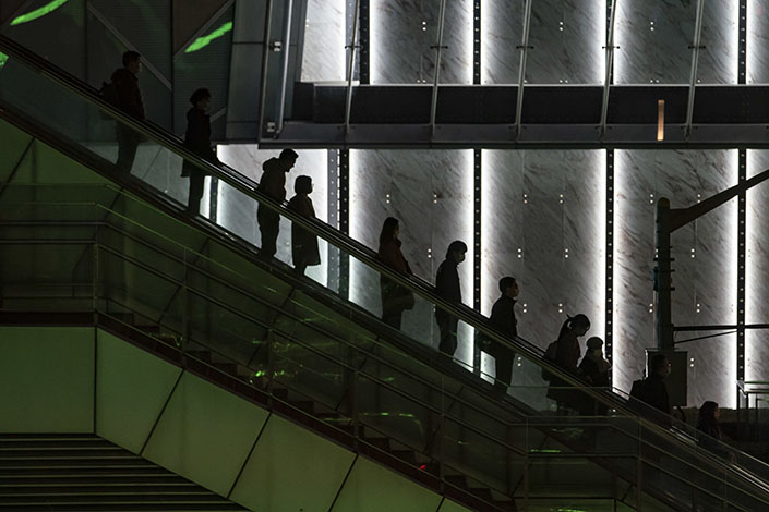 China's two largest investment banks are making cuts to travel budgets that will impact junior bankers as well as senior directors. Photo: Bloomberg