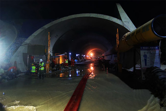 Rescue work continues at the flooded tunnel in Zhuhai, South China's Guangdong Province, on July 15. Photo: IC photo.