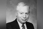 1979年诺贝尔物理学奖得主斯蒂芬·温伯格去世,88岁|讣闻
