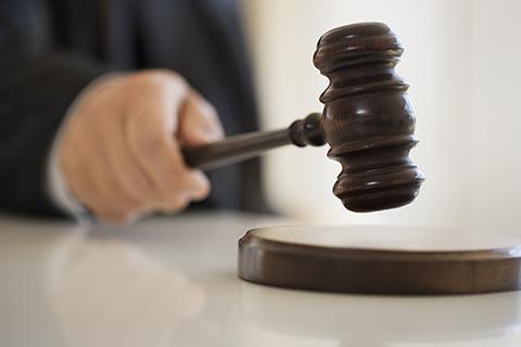 美国检察官撤销对中国访问学者唐娟的指控