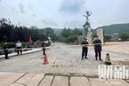 北京香山一道路护坡坍塌泥土冲进老年公寓 已致5人死亡