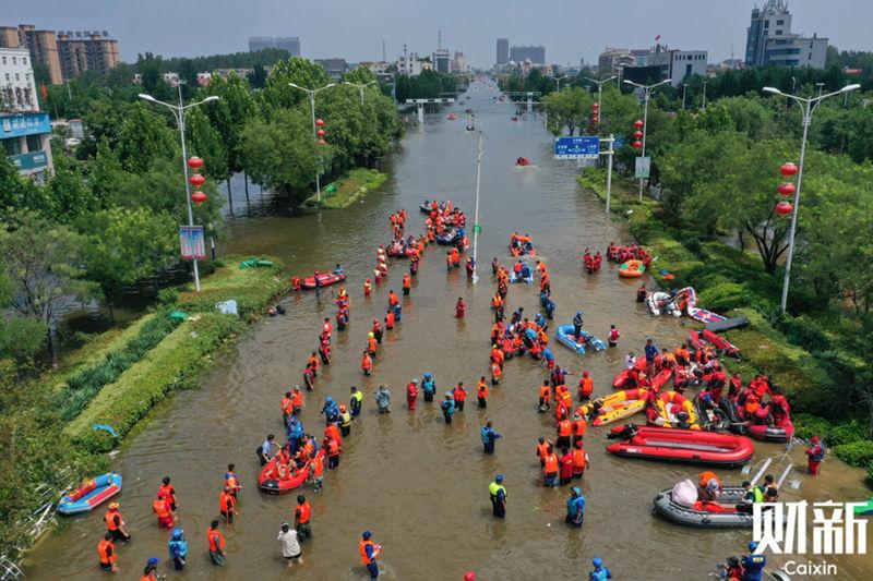 专访|郝南:河南洪灾中的民间救援如何有效协调?
