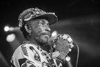 """牙买加传奇雷鬼音乐人""""搓哥""""去世,85岁 讣闻"""