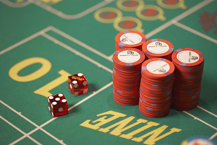 Underground banking networks and payment platforms enable gamblers to avoid financial controls and transfer funds to offshore gaming sites. Photo: VCG