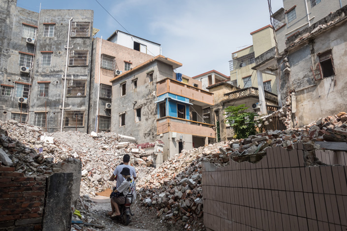 An old neighborhood is demolished in Huangpu district, Guangzhou, South China's Guangdong province, on Aug. 18. Photo: VCG