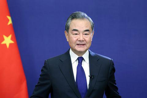 王毅:阿富汗的外汇储备属于人民,必须停止对阿经济制裁